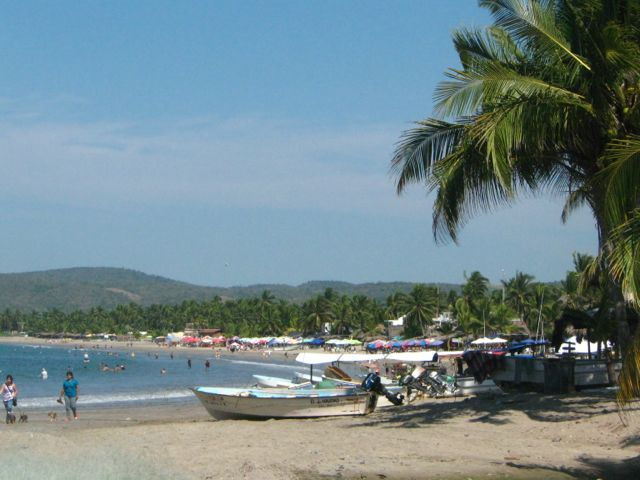 Photo of beach at La Manzanilla at midday