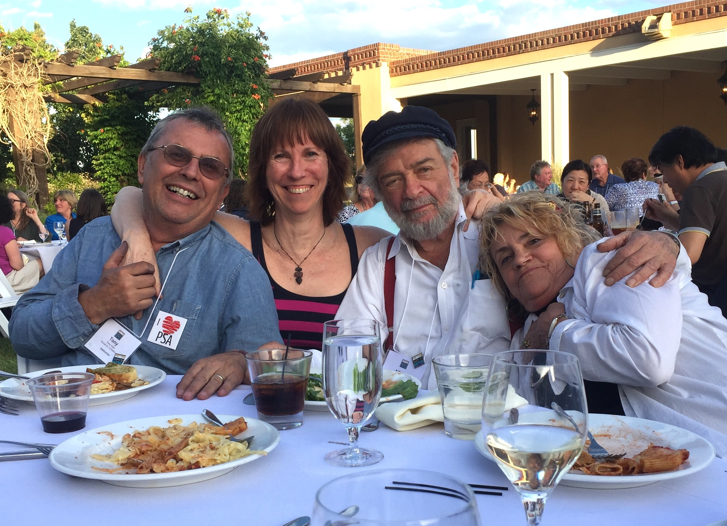 Artist Interview videos: Hanging out with Tony Allain, and Albert and Jeanine Handell who happily were at my table the first dinner!