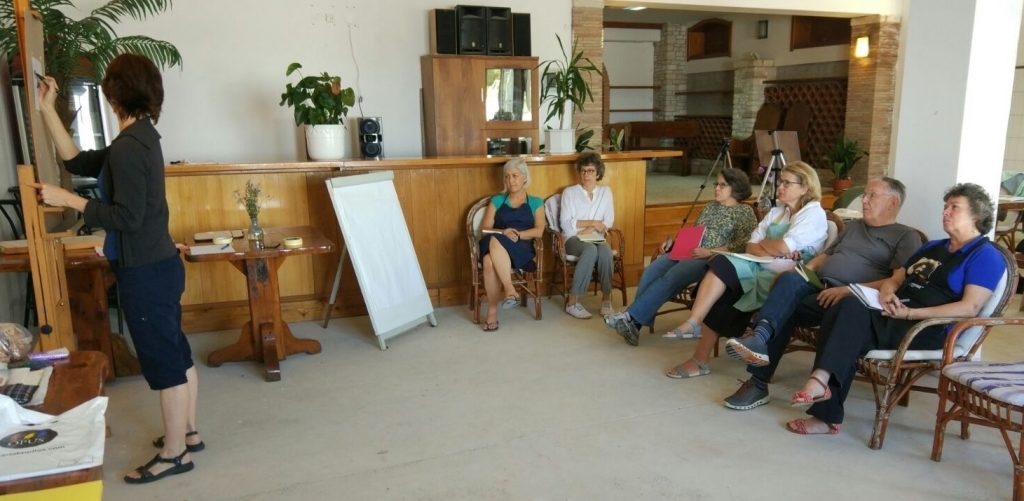 Painting Holiday workshop: Me demoing to a very attentive class!