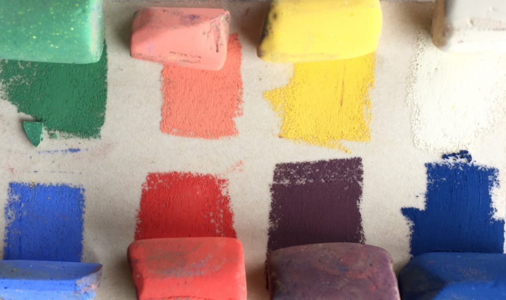 Painting a white object with colour: Eight Unison colours used - only two light colours - white and yellow