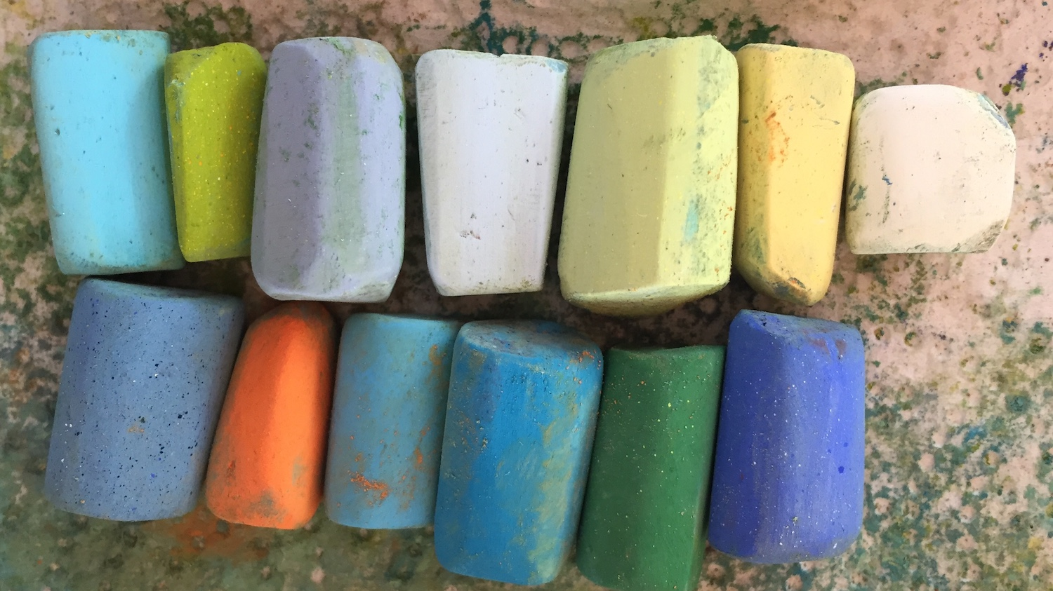 The Art of Cropping: Unison pastels used